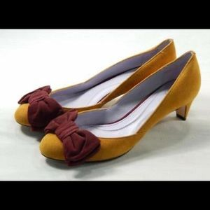 JOHNSTON&MURPHY Anita Bow Saffron/Oxblood pumps,7!